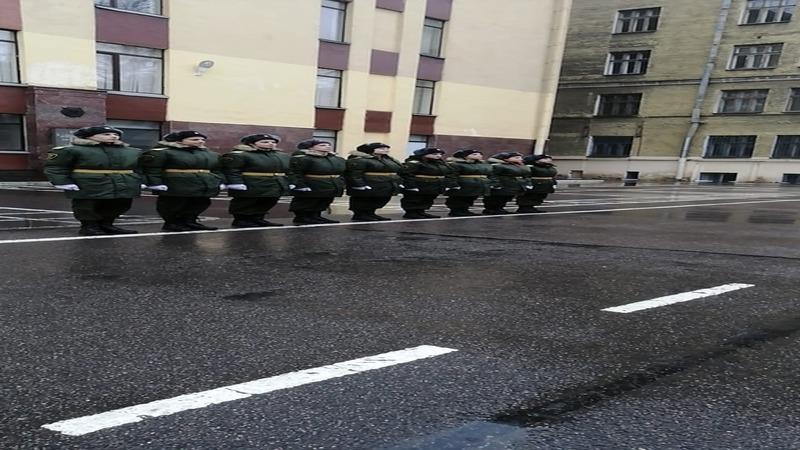 Воспитанники Перспективы приглашены к тренировкам парадного расчёта на военный парад 9 мая.